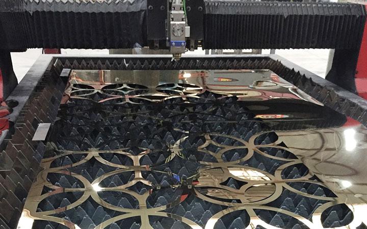 Ưu điểm của việc cắt CNC inox