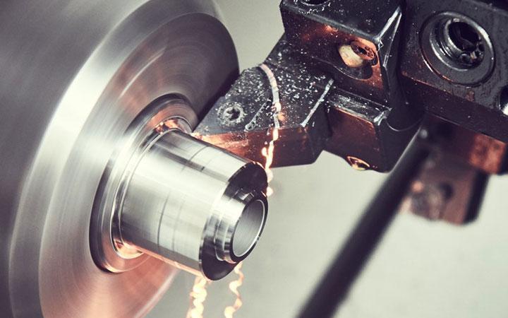 chặt chấn sắt thép theo yêu cầu